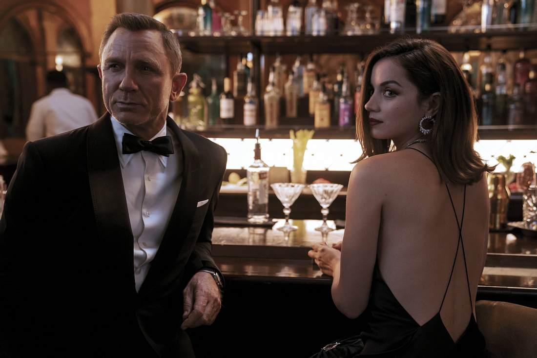 Daniel Craig und Ana de Armas in Keine Zeit zu sterben