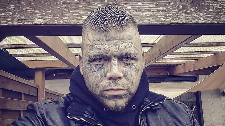 Sieben deutsche Rapper und ihre Gesichtstattoos