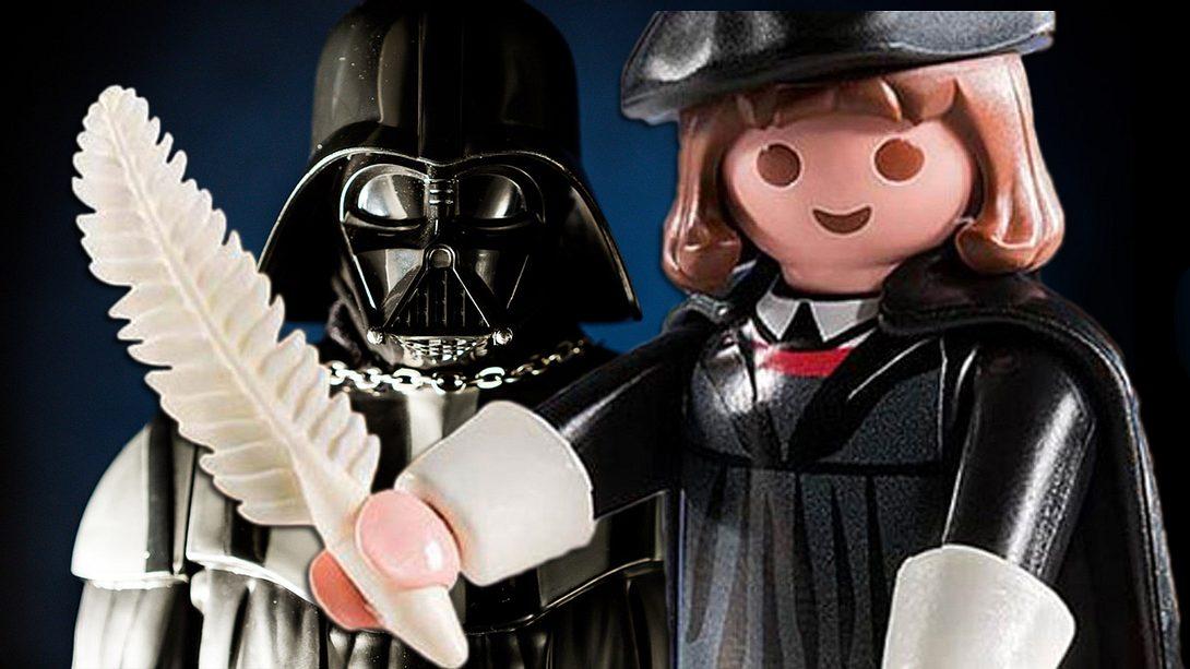 Martin Luther schlägt Darth Vader als Playmobil-Figur - Foto: iStock/Cesare Andrea Ferrari/ Playmobil / Montage: Männersache