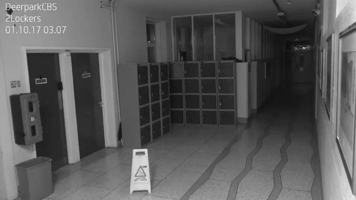 Gruselig: In dieser Schule wurde ein Geist gefilmt