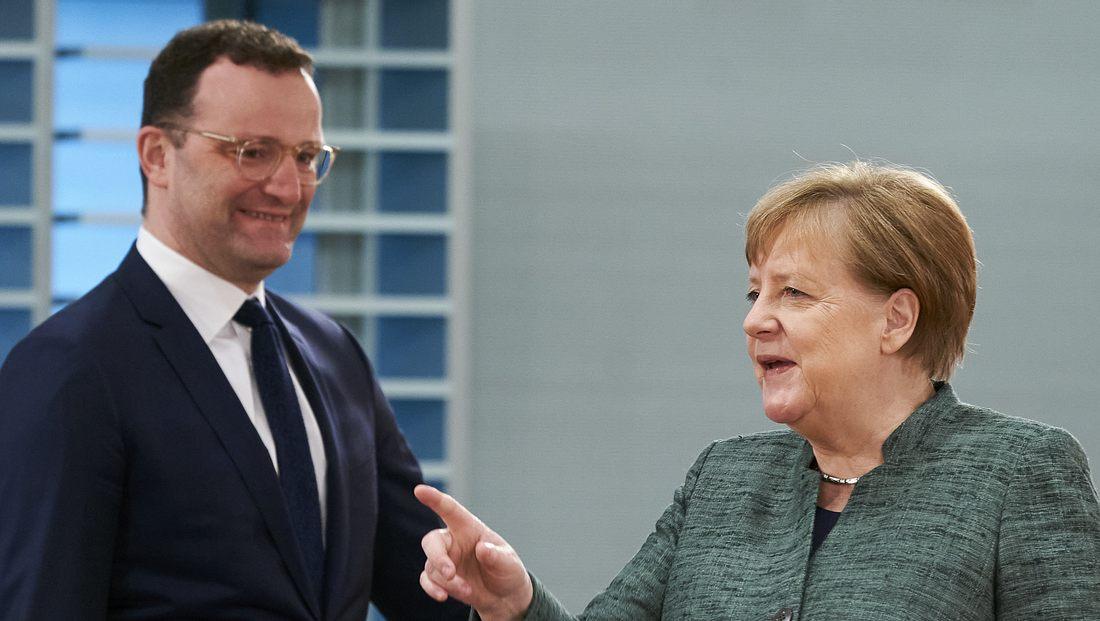 Jens Spahn, Angela Merkel