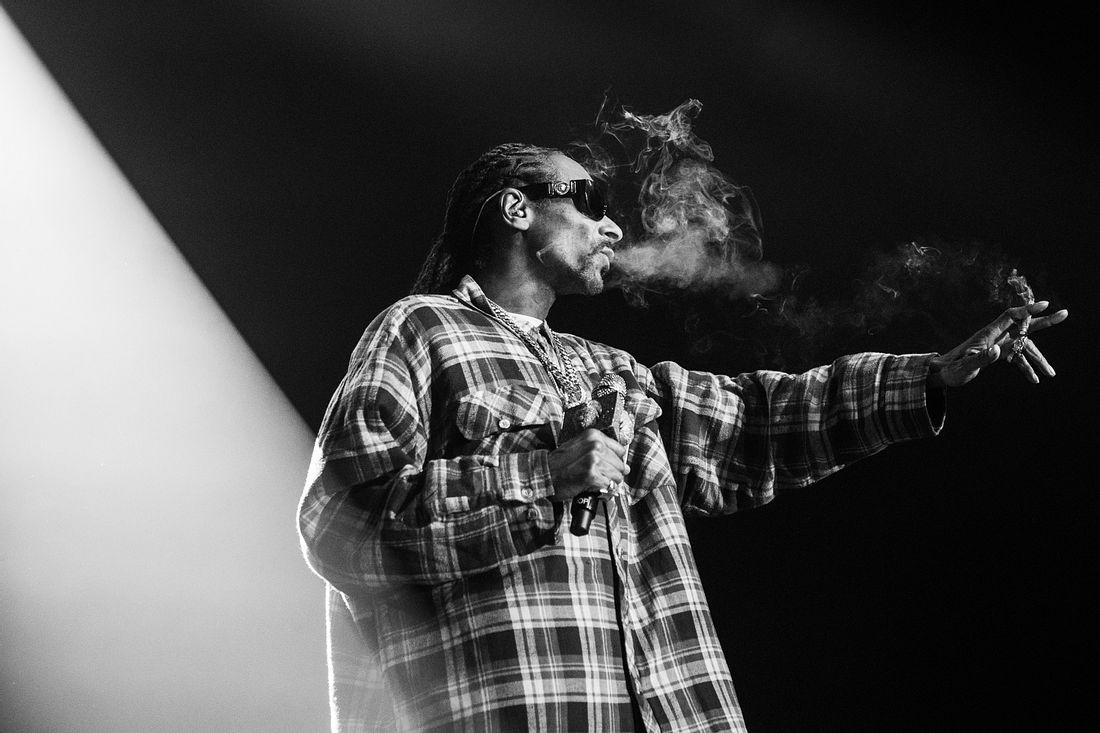 Snoop Dogg mit Mikrofon