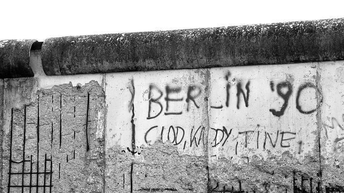 Die Berliner Mauer - Foto: iStock / jessekarjalainen