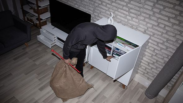 Einbrecher verraten, warum sie deine Wohnung ausrauben