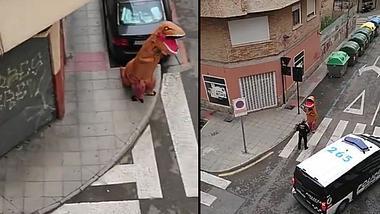 Dino auf der Straße - Foto: Twitter / Policía Local Murcia
