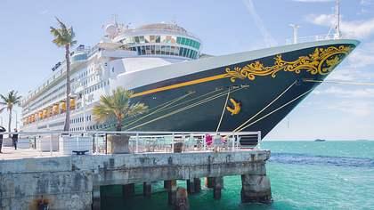 Disney: Mitarbeiter für Luxuskreuzfahrtschiff gesucht - Foto: iStock / helen89