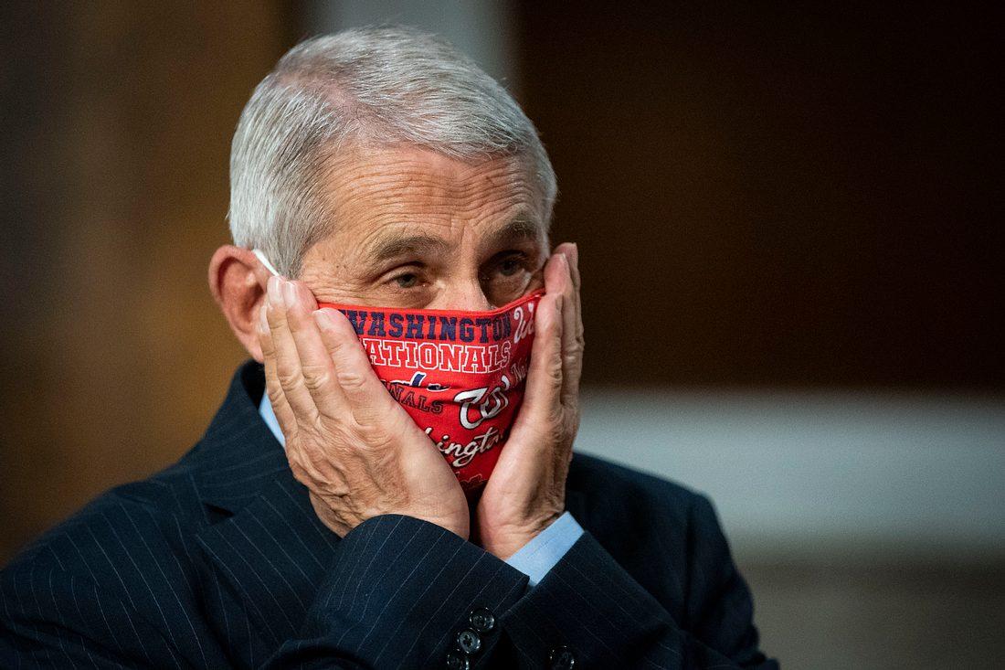 Dr. Anthony Fauci mit Mundschutzmaske