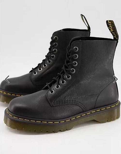 Dr. Martens, Boots
