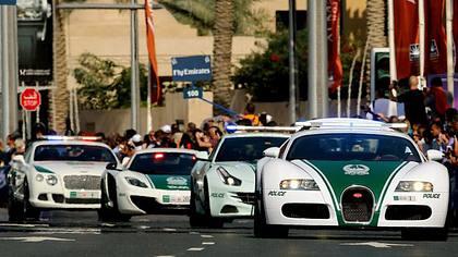 Die Polizei von Dubai nennt ab sofort einen Bugatti Veyron ihr eigen - Foto: YouTube/GTV