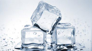 Anleitung: Durchsichtige Eiswürfel selber machen