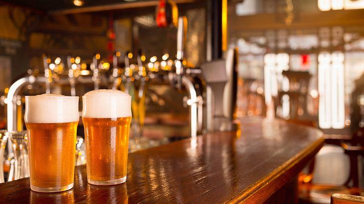 Dorf rettet englisches Pub