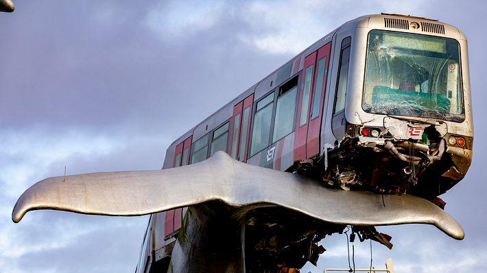 Entgleister Zug parkt auf Walfluke - Foto: Getty Images / BSR Agency