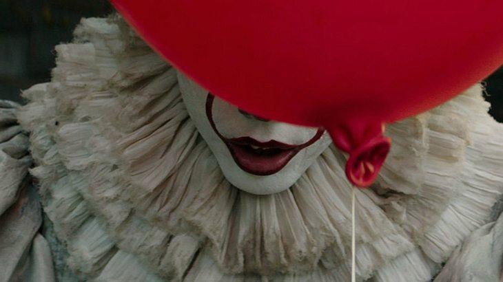 """Brandneuer """"Es""""-Trailer zeigt diabolischen Clown Pennywise"""