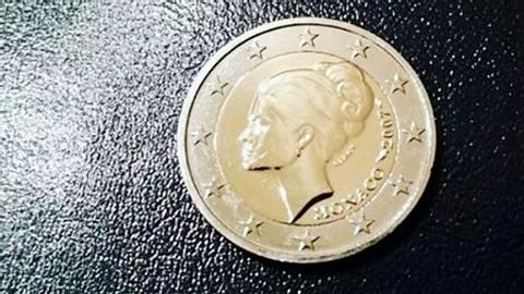 Sonderprägung aus Monaco: Diese unscheinbare 2-Euro-Münze ist mehrere tausend Euro wert - Foto: instagram / emmaon1