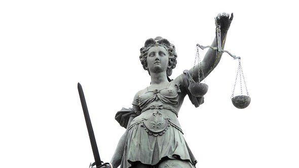 Justitia - Foto: iStock/arturbo