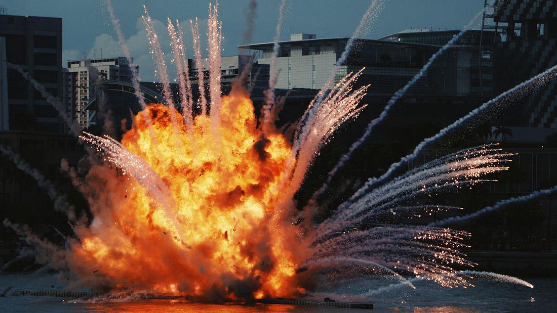 Explodieren