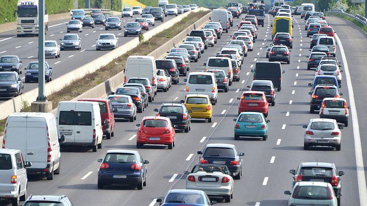 Klimaschutz: Experten fordern höhere Steuern für Neuwagen-Käufer