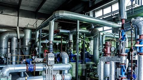 Fabrik - Foto: iStock / wawritto