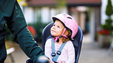 Die sichersten Fahrrad-Kindersitze für dich und dein Kind