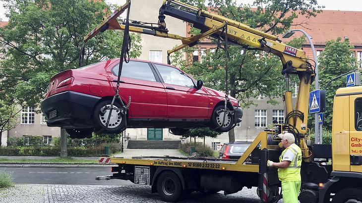 Per App Falschparker melden: Anbieter locken mit bis zu 40 Euro pro Auto