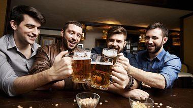 Studie belegt: Zwei Feierabend-Bier sind gesund
