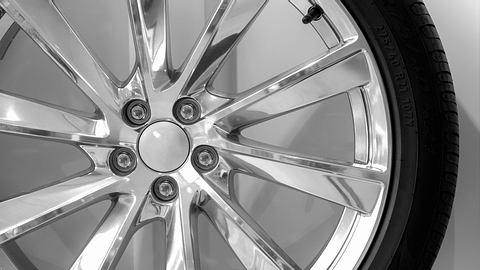 Die besten Felgenreiniger für dein Auto