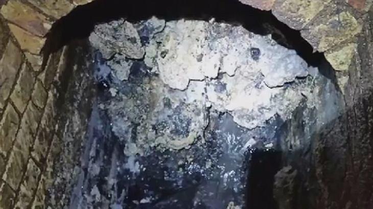 Ein riesiger Fettberg verstopft den Londoner Untergrund