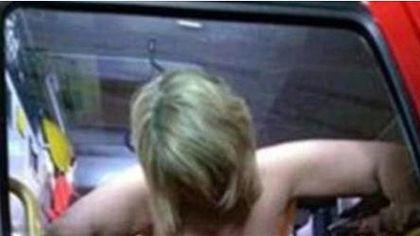 Sex-Skandal bei der Feuerwehr: Ermittlungen wegen dieses Doggystyle-Fotos