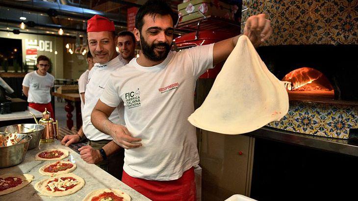 """Natürlich gibt es in der """"FICO Eataly World"""" auch Pizza"""