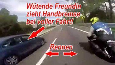 Video: Beifahrerin zieht bei voller Fahrt die Handbremse