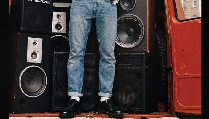https://www.maennersache.de/denim-dos-donts-so-traegt-mann-jeans-richtig-5337.html