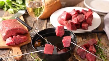 Fleischfondue: Diese Tricks sollte jeder Mann kennen