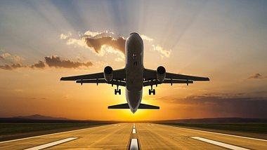 Günstiger Flüge buchen: An diesem Tag fliegst du am billigsten