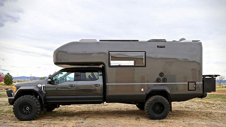 Ford Earthroamer XV-LTS: Männliche Trucks für die Wildnis