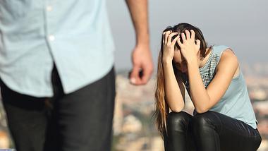 Männer machen Frauen krank: Das behauptet diese Studie - Foto: iStock/AntonioGuillem