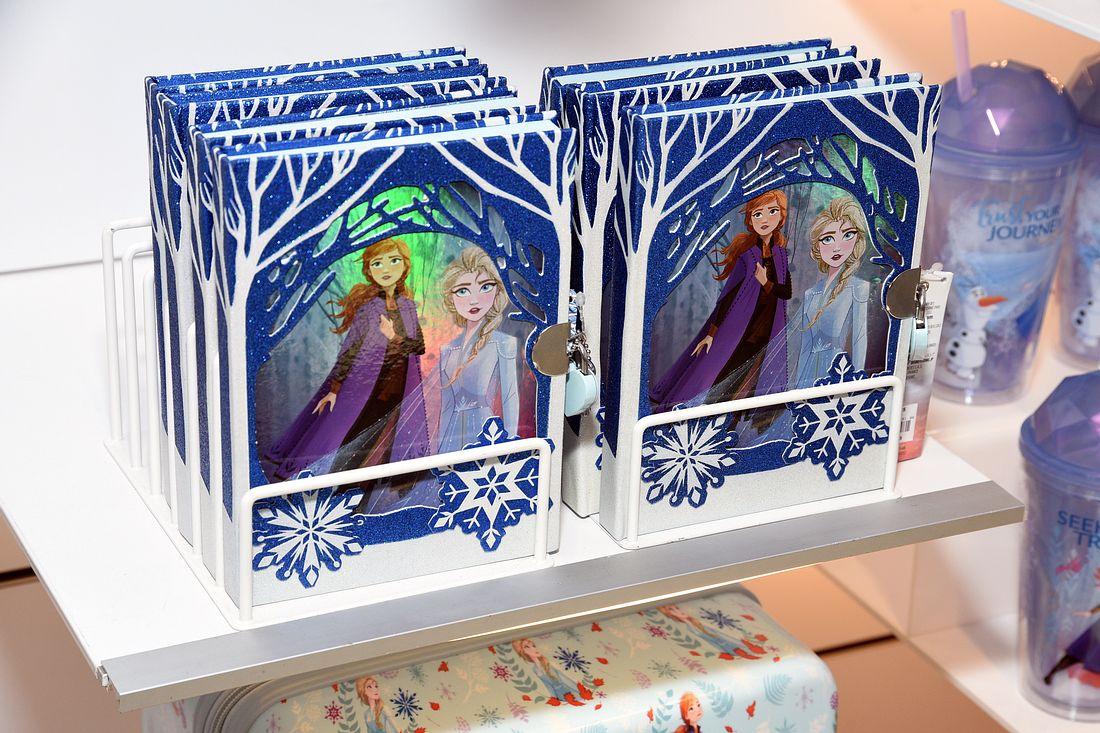 Frozen 2-Merchandising