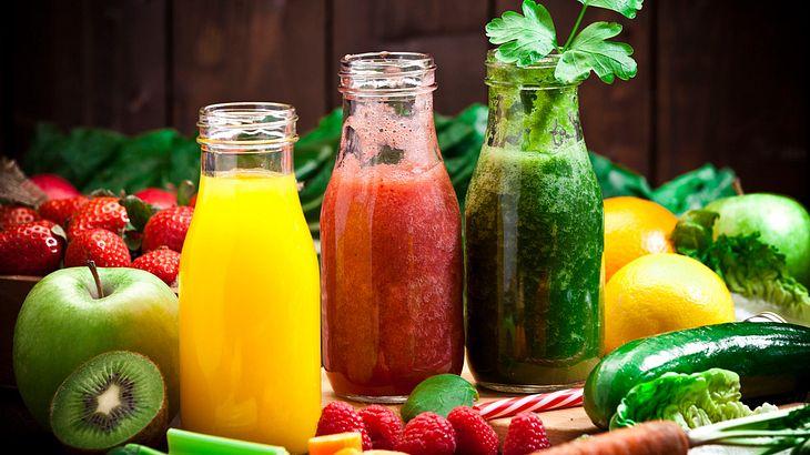 Fruchtsäfte und Smoothies am besten frisch konsumieren