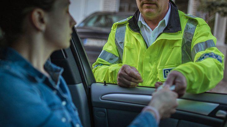 18-Jähriger verliert Führerschein in Rekordzeit.