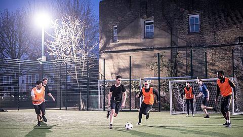 Nur in Deutschland: Ordnungsamt bricht Pokalspiel im Elfmeterschießen ab