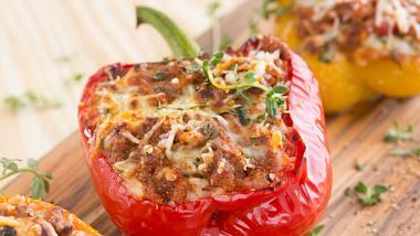 Gefüllte Paprika mit Hackfleisch: So gelingt sie garantiert