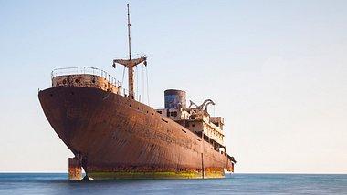 Geisterschiffe sind sehr unheimlich - Foto: iStock / horstgerlach