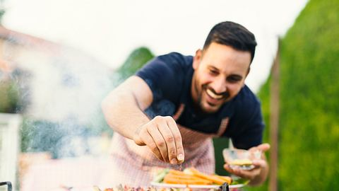 Gesund grillen 15 Tipps - Foto: iStock/Jelena Danilovic