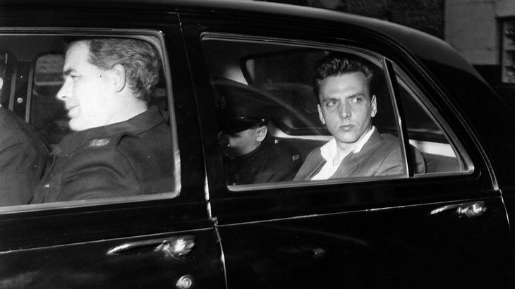 Ian Brady auf dem Weg ins Gericht