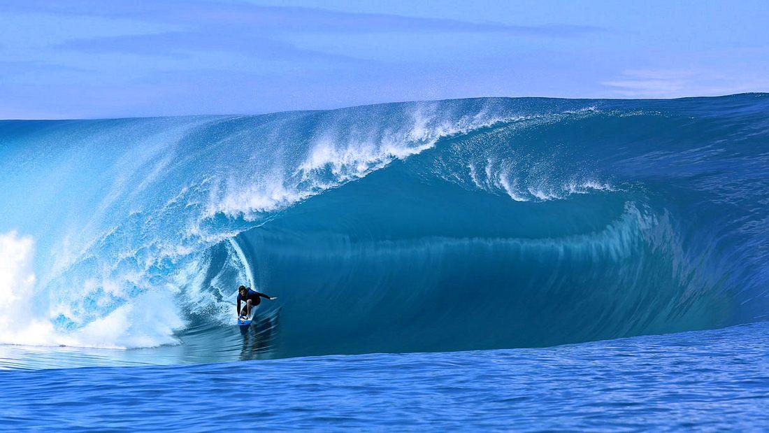 50 Meter kann ein Surfer durch den Tunnel der Welle fahren, bevor diese in sich zusammenbricht. Ein Ritt, der nur wenige Sekunden dauert.