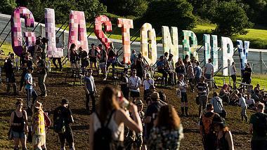 Glastonbury Festival 2020: Termine, Tickets, Preise, Camping und Line-up