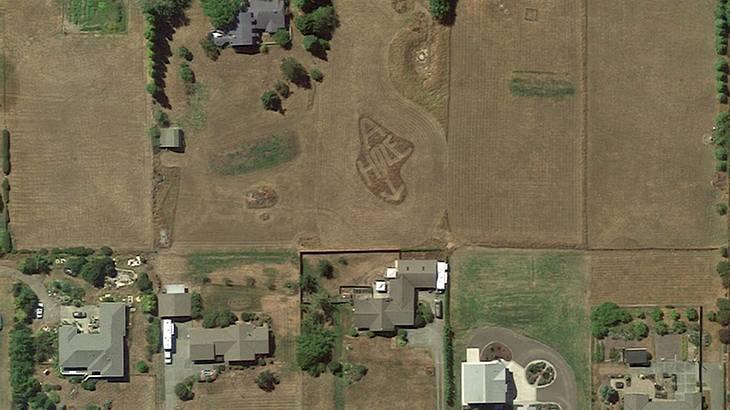 Arschloch auf Google Earth: Ein erboster Farmer beledigte seinen Nachbarn via Satellitenbild