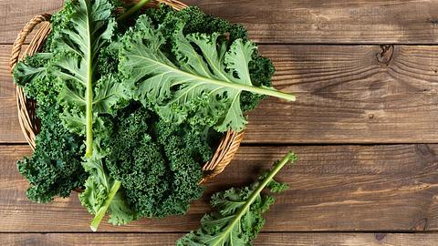 Grünkohl zubereiten: Diese 5 Tipps muss Mann kennen!
