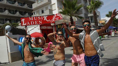 Schluss mit Party? Mallorca, Ibiza & Co. beschließen harte Touri-Gesetze