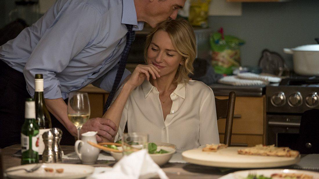 "Naomi Watts als sexsüchtige Therapeutin in Netflixs ""Gypsy"""