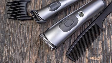 Haarschneidemaschine Test Vergleich Profi Beste - Foto: iStock/alenkadr